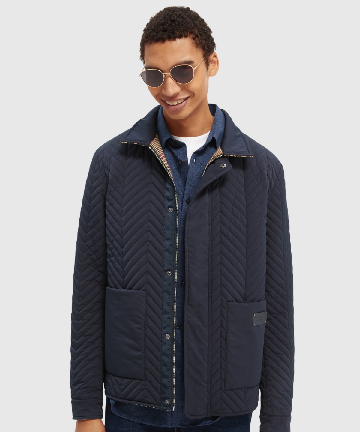 Reversible short quilted jacket